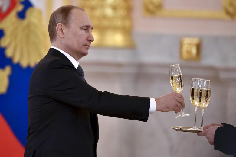 https://republic.ru/images/photos/1bf105407099d3f195dfcc34caa818b6.jpeg