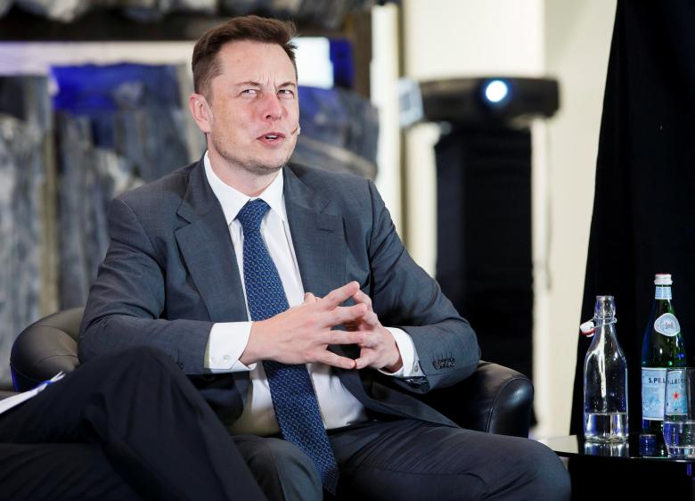 Компания SpaceX благополучно запустила вкосмос ракету сдесятью спутниками связи