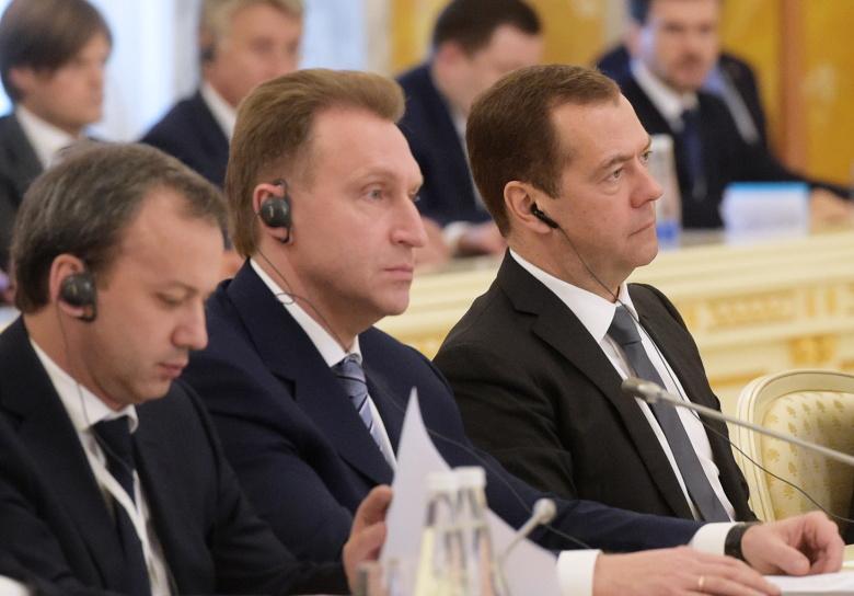 Высшие чиновники РФ топят национальный бизнес в угоду американскому
